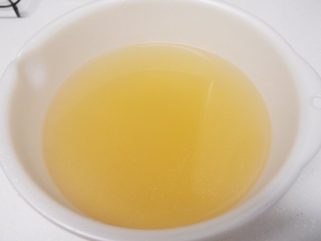 鳥ガラ黄金スープ