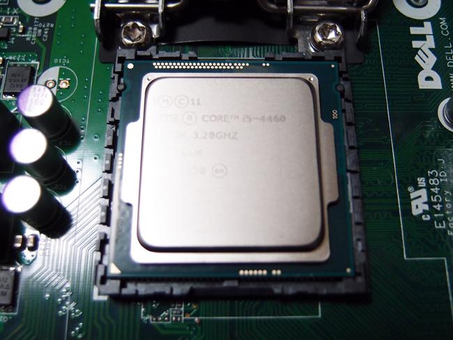 CPUの交換作業