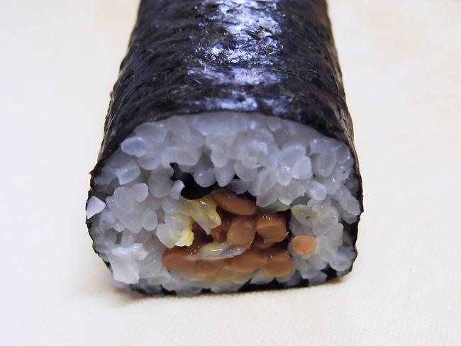 代用品で巻き寿司の完成