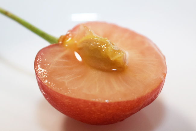 さくらんぼの果汁