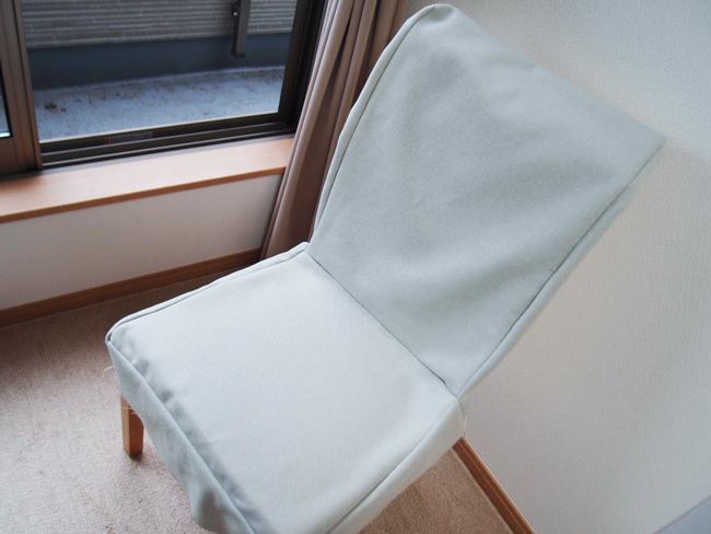 椅子カバーの縫い合わせ